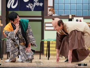 間寛平「50周年+1 記念ツアー」に明石家さんまサプライズ登場! ボケまくりに「誰かしっかりせー!」